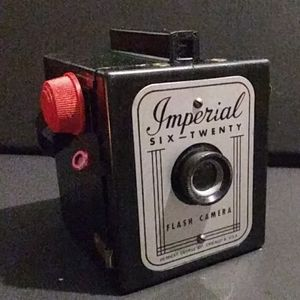 imperial Other - Imperial six-twenty flash camera